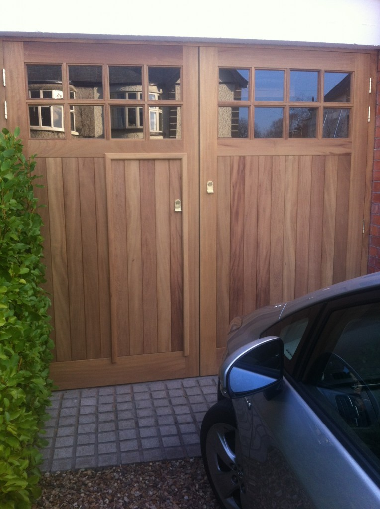 Timber Garage Doors With Wicket Door Fluidelectric
